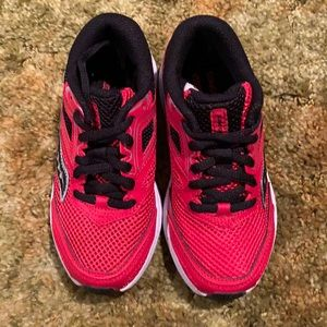 Boys S-Cohesion 12 LTT Red/Black 12 M Run. Shoes